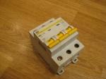 Автоматический выключатель ИЕК - 10А (3П)