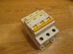 Автоматический выключатель ИЕК - 16А (3П)