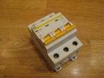 Автоматический выключатель ИЕК - 25А (3П)